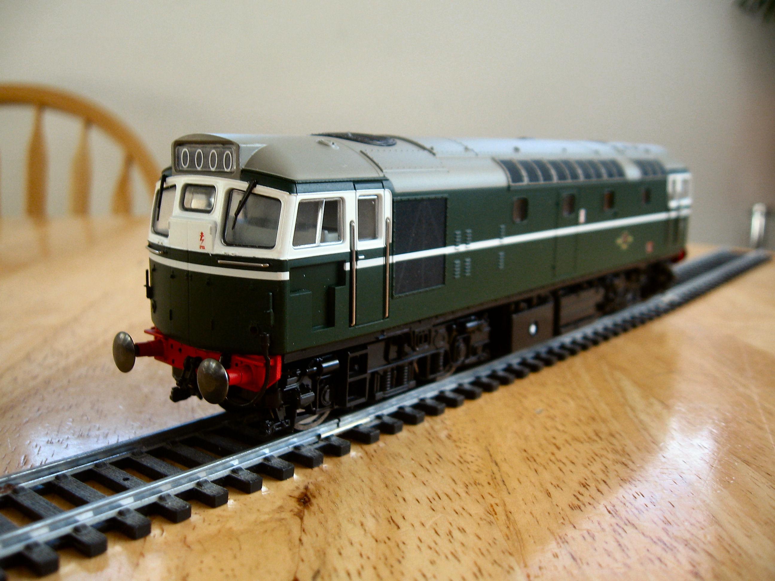 Heljan Class 27 in BR Green